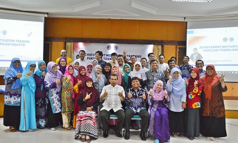 Achievement Motivation Training FTI UAD