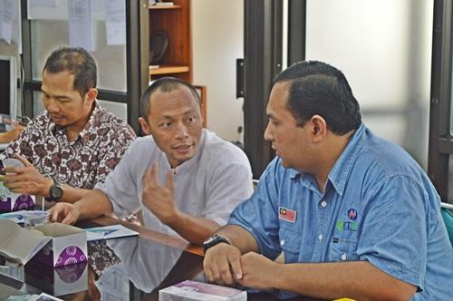 Ahamad Zaid Sulaiman (UMP) berkunjung di Teknik Kimia (4)