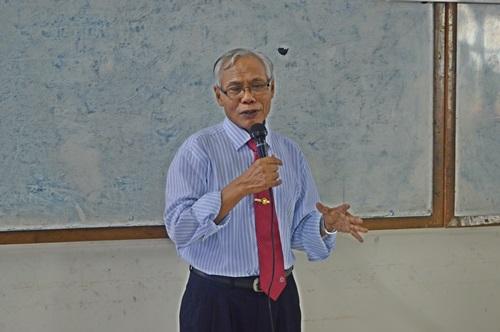 Pii yogyakarta dan fti uad menyelenggarakan seminar etika profesi