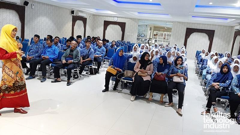SMK Pasundan Padaherang Kabupaten Pangandaran.