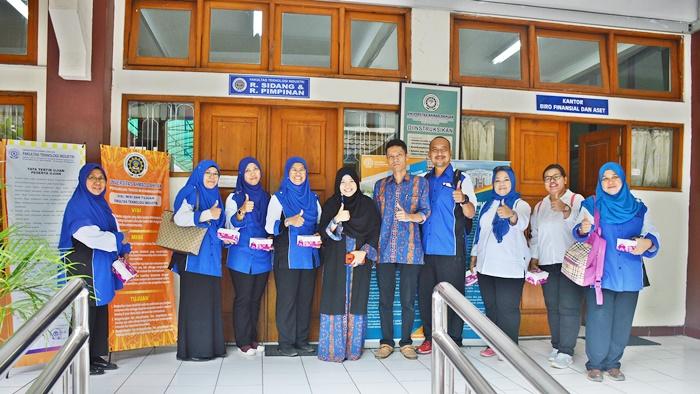Universitas Ahmad Dahlan & Sekolah Kebangsaan Taman Scientex Malaysia