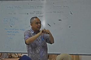 Kuliah Umum Prof. Ir. Arief Budiman, MS. D (3)