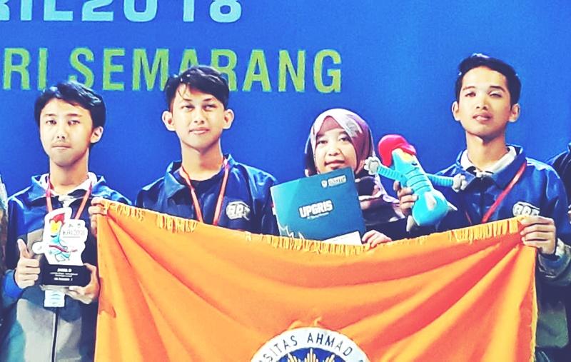 Al-jazari divisi KRPAI Berkaki (Kontes Robot Pemadam Api Indonesia)