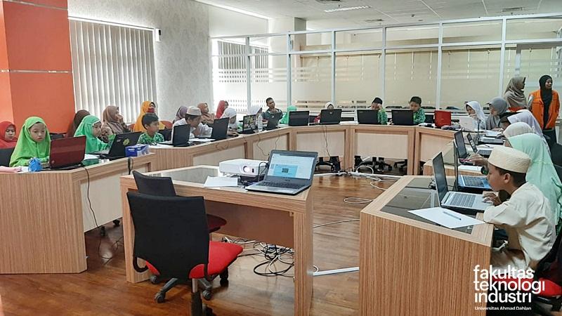 Fakultas Teknologi Industri Universitas Ahmad Dahlan