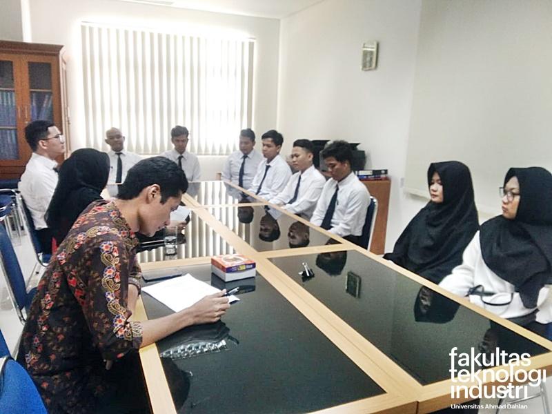 Yudisium FTI Universitas Ahmad Dahlan