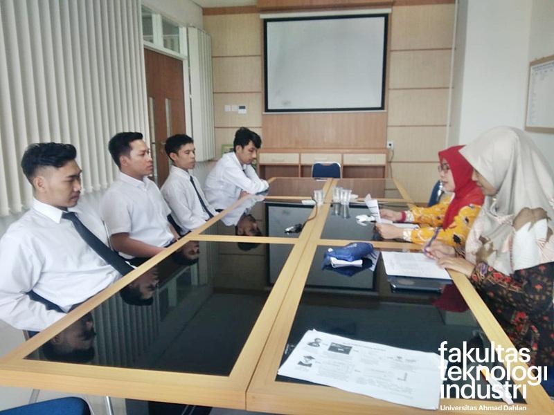 Yudisium FTI Universitas Ahmad Dahlan (UAD)