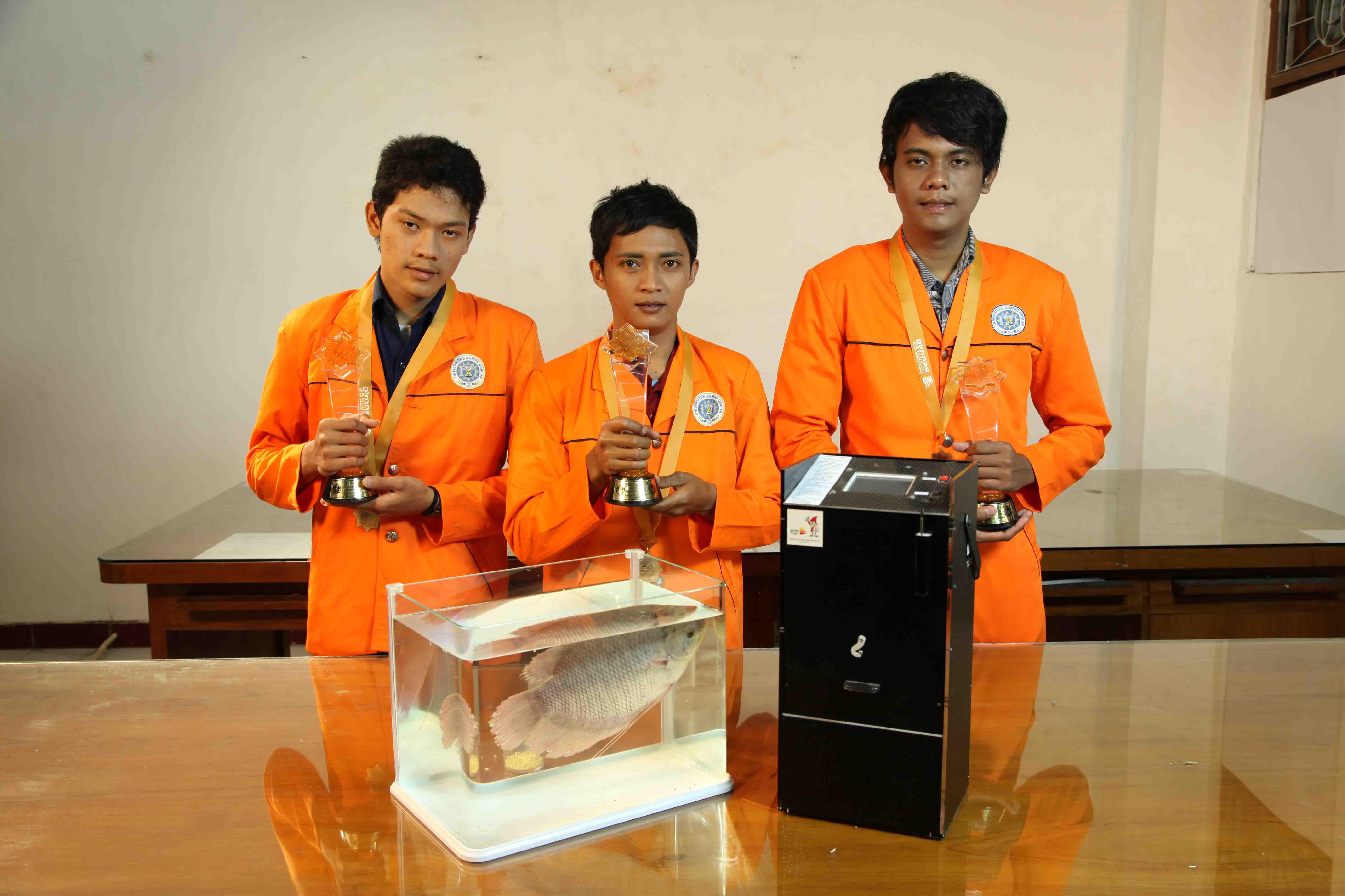 Meraih Medali Emas Lomba PIMNAS ke - 25 Tahun 2012