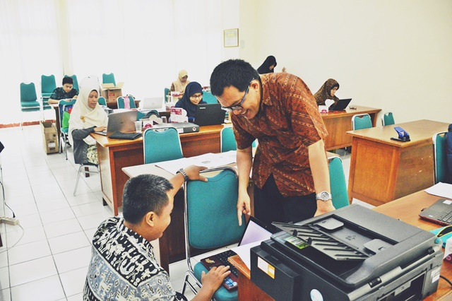 Pimpinan FTI UAD Mensupport Dosennya Dalam Pengurusan Jabatan Fungsional Akademik