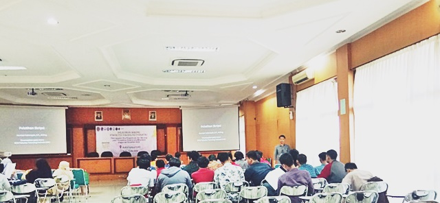 """"""" Pelatihan Penulisan Skripsi Fakultas Teknologi Industri 2018""""."""